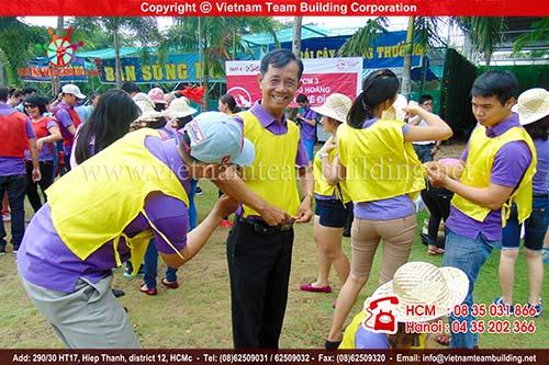 AIA Vietnam Team Building 2015 do công ty Việt Nam Team Building tổ chức