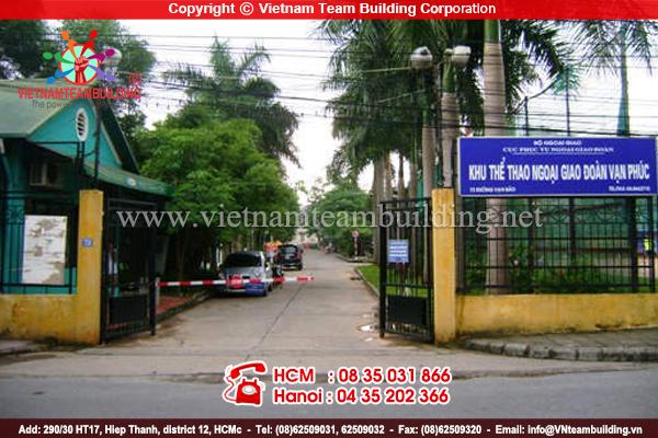 Dia-diem-to-chuc-team-building-tai-ha-noi-Khu-The-Thao-Ngoai-Giao-Van-Bao